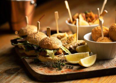 Slide-Home-Finger-Food-Restaurant-Bar-Empire-Bordeaux